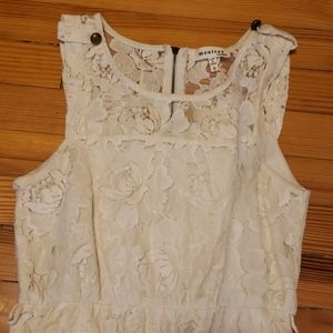 Monteau lace dress